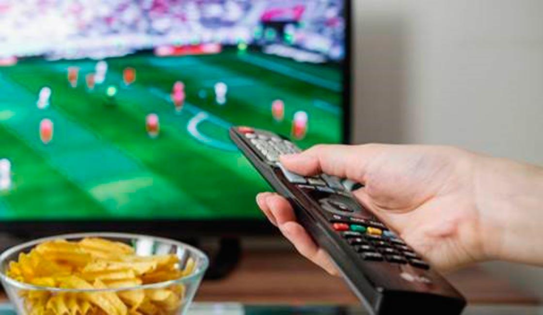INGRESOS EN PELIGRO PARA LA CHAMPIONS Y LA TELEVISIÓN COMO ÚNICA ESPERANZA