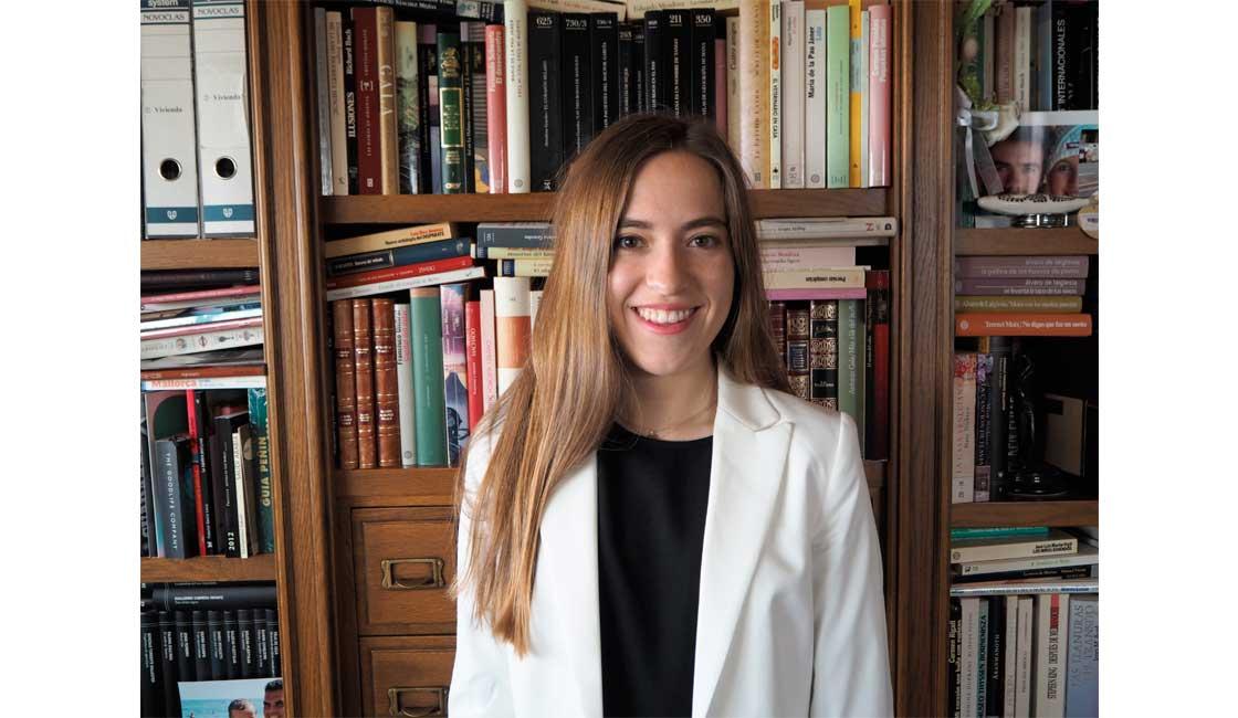 LAURA ÁLVAREZ CARRILLO, RESPONSABLE DE AGENDA DE YOUTHSPEAK FORUM